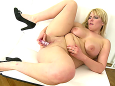 Marcy - blonde, shaved pussy, milf, chubby, natural big tits, solo girl