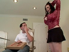 Daphne Rosen - reality, chubby, cumshot, cock sucking, pizza